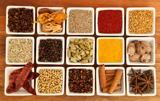 Cinnamon, cloves, allspice, ginger, nutmeg, vanilla, cardamom, anise, peppercorns, citrus peel; and even edible flower petals are all commonly found in mulling spices.